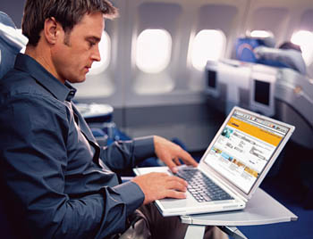 lufthansa-businessclass-working
