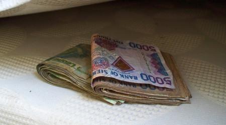 Dinero escondido
