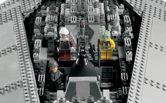lego-star-wars-super-star-destroyer-executor-6